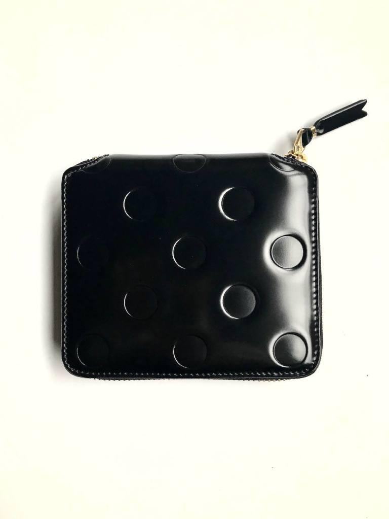 6eb21fbed1c7 Wallet COMME des GARCONS - 二つ折りZIP財布SA2100NE | mark