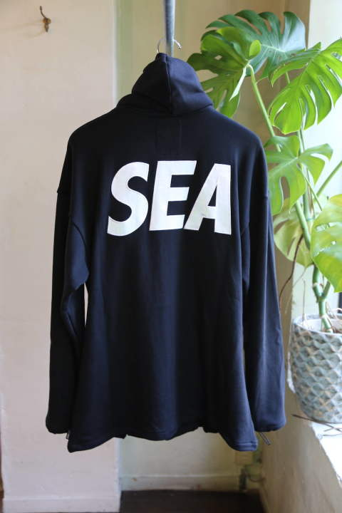 "WIND AND SEA ""SEA BIG ZIP HOODIE"""
