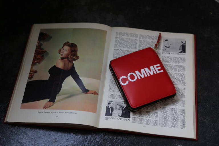 Wallet COMME des GARCONS 「使いやすい二つ折り財布」